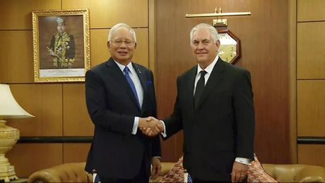 Secretary Tillerson Meets with Malaysian Prime Minister Razak