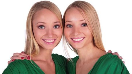 Identical Twins Are a Plastic Surgeon's Challenge