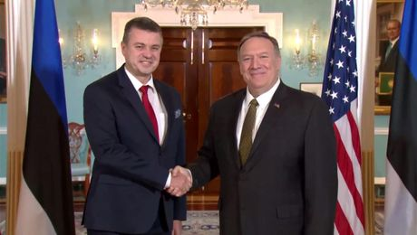 Secretary Pompeo camera spray with Estonian Foreign Minister Urmas Reinsalu