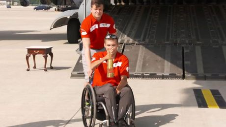 Emotional Arrival For Invictus Games Spirit Flame In Germany