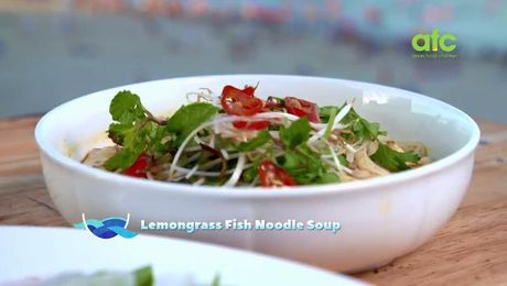 Lemongrass Noodle Soup | By the Sea with Ili | Asian Food Channel