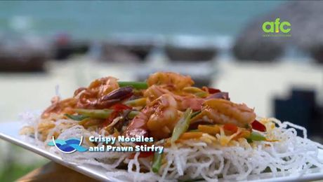 Ilis tiffin diaries asian food channel test 4 food hero asia crispy noodles prawn stir fry by the sea with ili asian food channel forumfinder Gallery