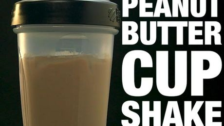 Chocolate Peanut Butter Cup H24 Rebuild Shake