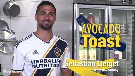 Avocado Toast with Spinach and Egg with Sebastian Lletget