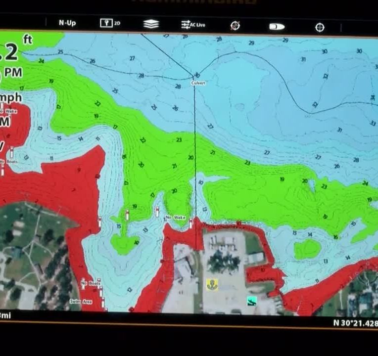 Humminbird's LakeMaster mapping on maps for hp, maps for magellan, maps for tomtom, maps for garmin,