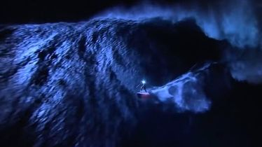 Mark Visser Surfs Jaws at Night, But He's Not (Completely) Crazy - The Inertia