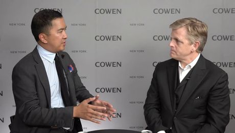 Cowen Interview | Oliver Chen & Robert Wallstrom, CEO of Vera Bradley | 10/5/18