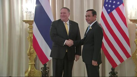 Secretary Pompeo meets with Prime Minister Prayut Chan-o-cha.
